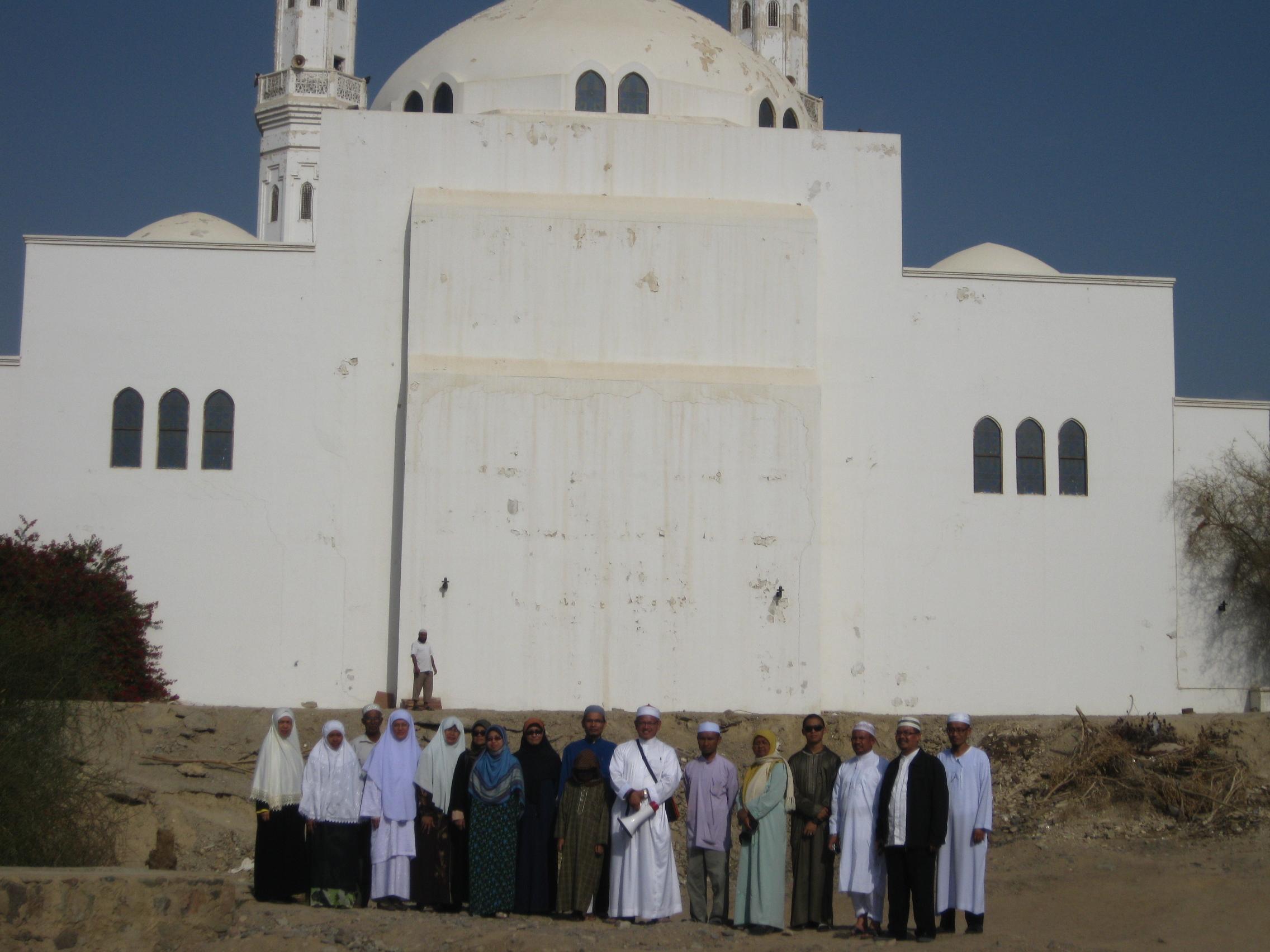 Masjid Arisy di Badar